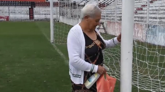 Doña Paula: la curandera que fue parte del triunfo de Patronato -  Superdeportivo.com.ar