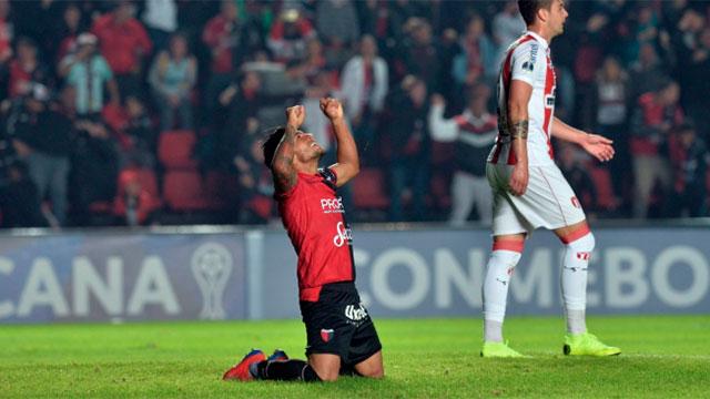 Colón derrotó a River de Uruguay y está en octavos de final