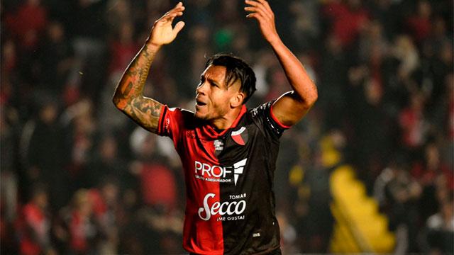 Colón derrotó a River de Uruguay y está en octavos de final.