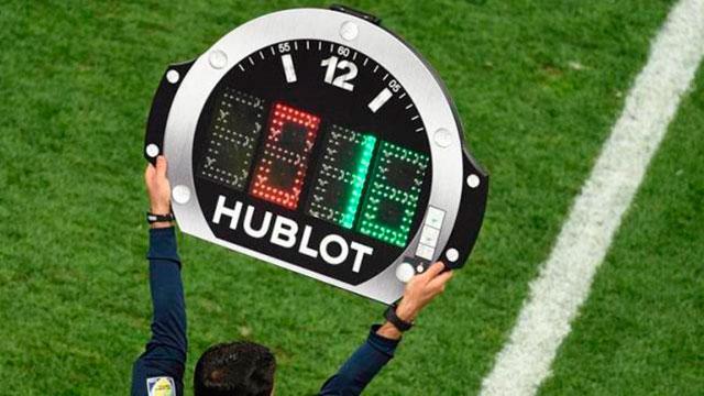 Se autorizaron los cinco cambios en el fútbol.