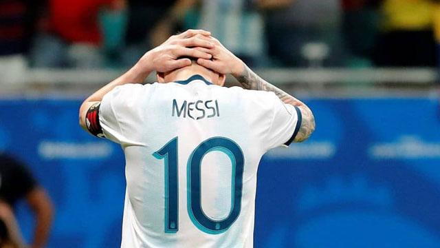 Argentina no pudo con Colombia y está obligado a ganar en si próximo duelo.