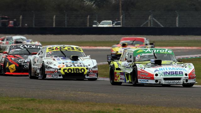 El piloto del Martínez Competición sigue prendido arriba.
