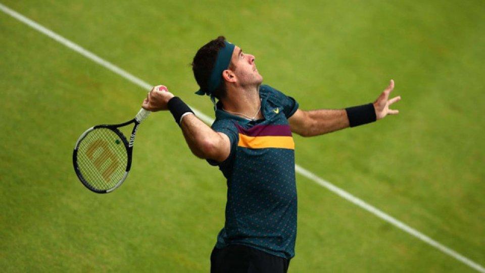 Delpo estuvo peloteando en las instalaciones del Tenis Club Argentino.