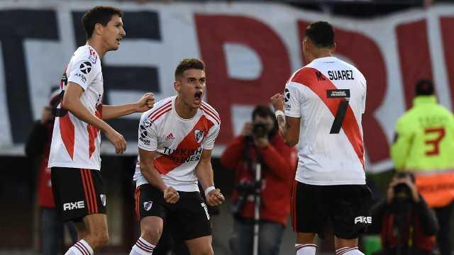 El Millonario ganó, goleó y gustó frente al Granate en El Monumental.