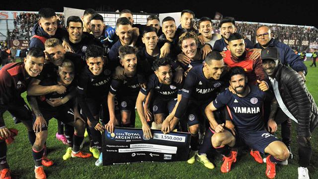 El Granate logró una enorme victoria frente al Bicho para continuar en la copa.