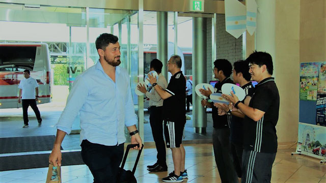 El paranaense Javier Ortega Desio en su arribó a Japón.