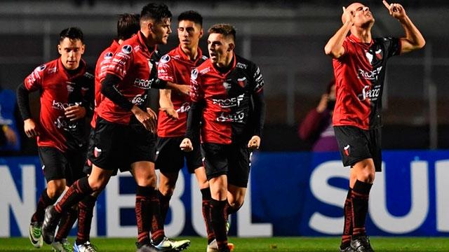 Colón recibe a Atlético Mineiro en Santa Fe.
