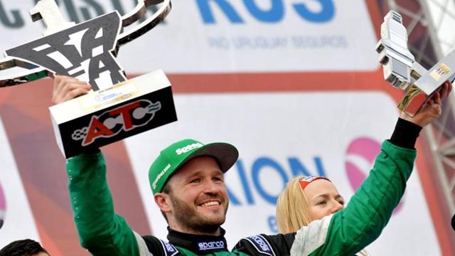Canapino mostró su experiencia y ganó la carrera virtual del TC en Concordia