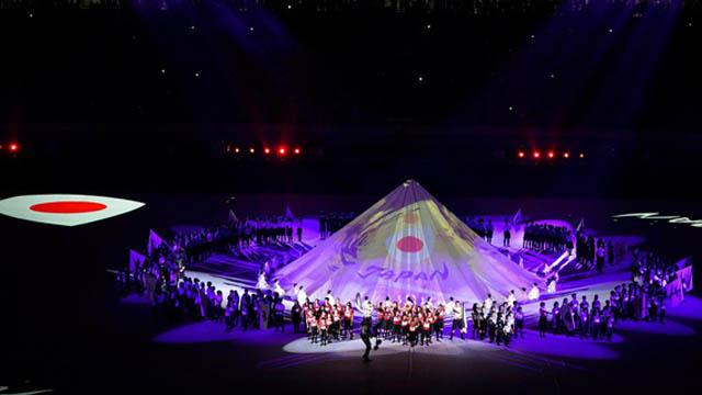 Gran ceremonia inaugural en el Mundial de Japón.
