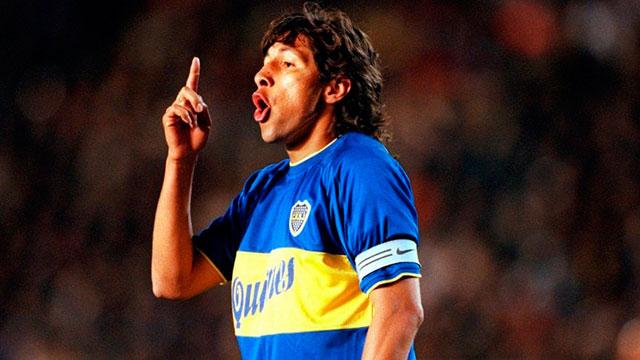 El ídolo colombiano del Xeneize se sumó a las críticas.