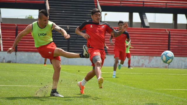 ''La permanencia se tiene que jugar en la cancha'', dijo Chimino.