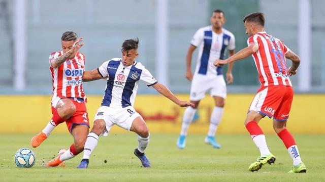 Talleres y Unión empataron sin goles en Córdoba.