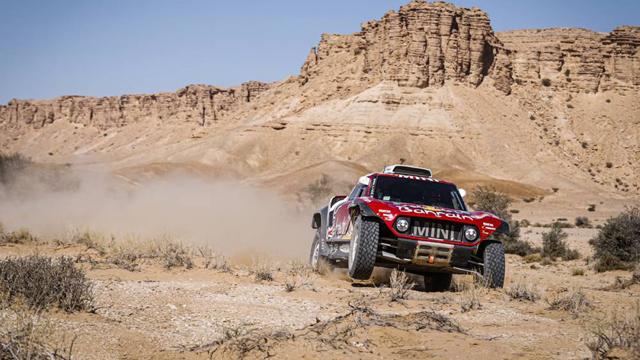 El francés Peterhansel se llevó la etapa 9, de Wadi Al Dawasir a Haradh.