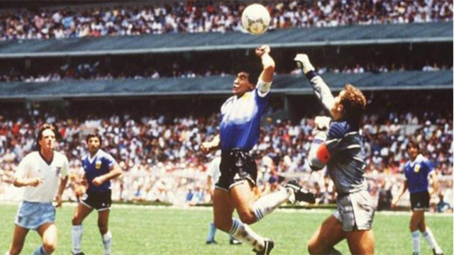 """""""Maradona no se disculpó ni mostró ningún remordimiento"""", señaló Shilton."""