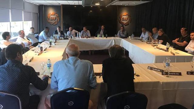 Los dirigentes de la Superliga definieron la fecha para la reanudación.