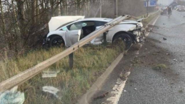 Chiquito Romero tuvo un accidente automovilístico y su auto quedó destruido