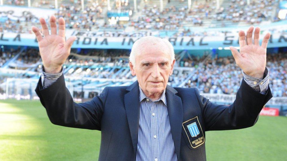 La Academia informó sobre su fallecimiento a los 92 años.