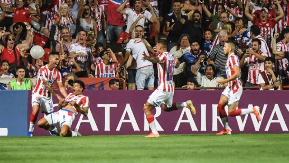 Gol y asistencia del la Panterita Bou para el buen triunfo del Tatengue.