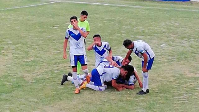 Sportivo Urquiza lo dio vuelta ante Belgrano. (Foto: Minuto a Minuto)