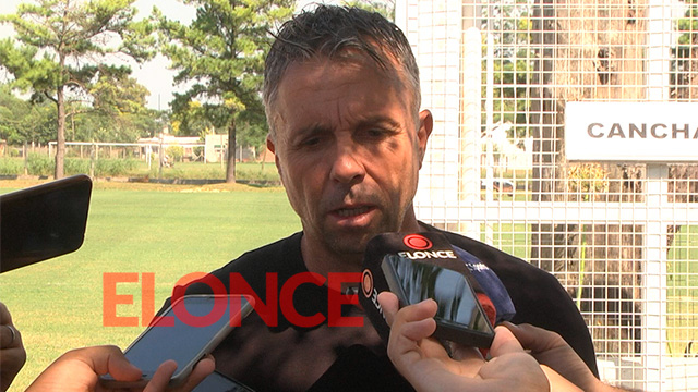 Álvarez anunció los convocados y está el equipo para recibir a Unión.