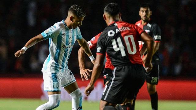 En Santa Fe, Colón rescató un empate en el final ante Racing.