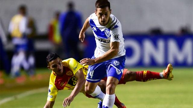 El Vélez de Gabriel Heinze marcó un gol en el final y avanzó en la Sudamericana