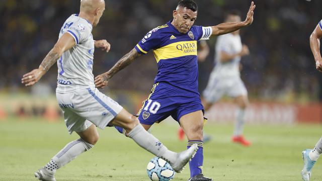 Boca goleó a un débil Godoy Cruz.