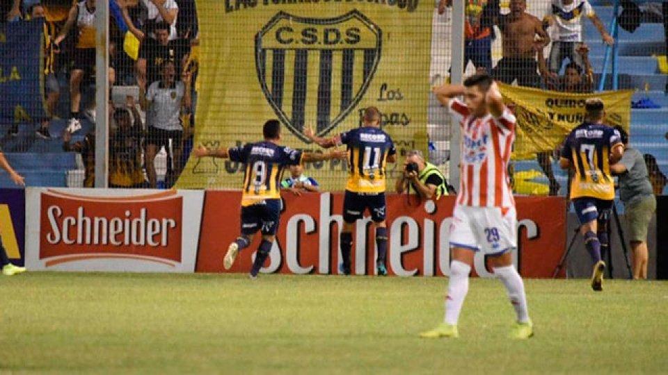 Dock Sud eliminó de la Copa Argentina a Unión de Santa Fe.