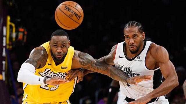 La NBA propone a los jugadores una reducción de sueldo del 50 por ciento.