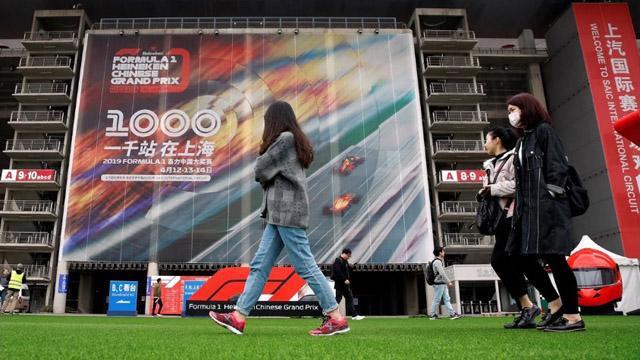 No habrá deportes, pero los chinos retoman de a poco sus ocupaciones.