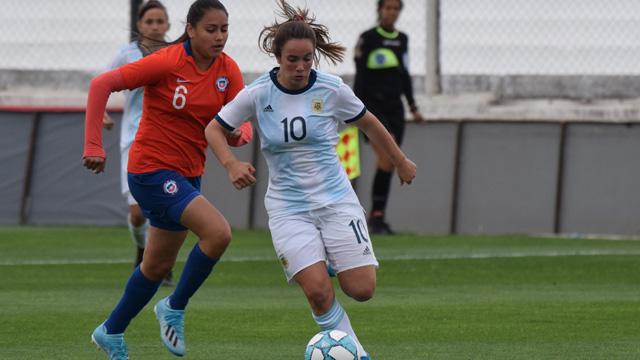 Holzheier, jugadora de Unión de Crespo, se encuentra entrenando en Ezeiza.