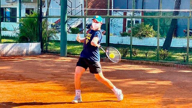 El tenis, la primera actividad deportiva en regresar.