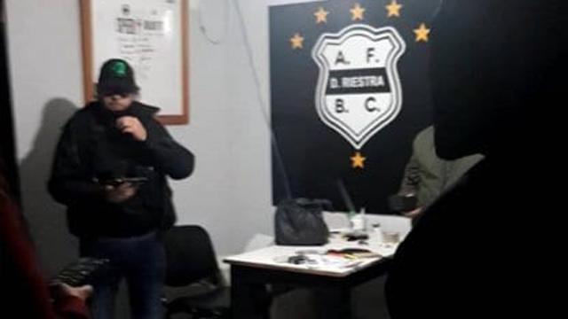 El caso Riestra hizo explotar al fútbol argentino.