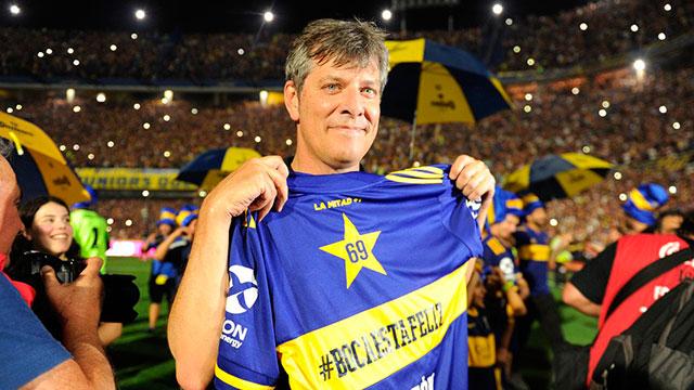 Mario Pergolini dio detalles de la renovación del contrato de Carlos Tevez.