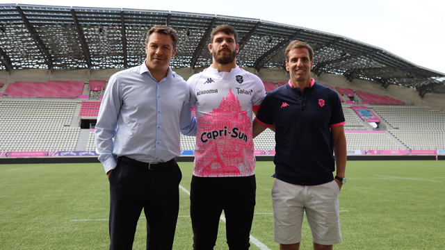 Presentaron a Marcos Kremer en su nuevo club.