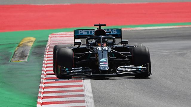 Hamilton, adelante en la práctica 2 para el GP de España.