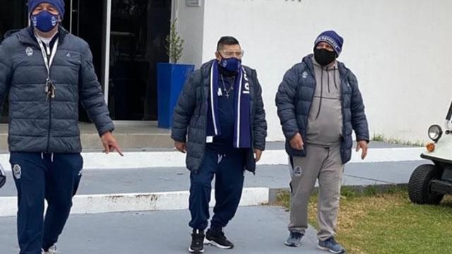 Maradona fue aislado tras tener contacto estrecho con un posible caso de Covid-19