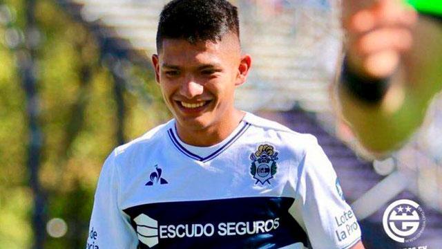 Agustín Ramírez dio positivo de Covid-19 en Gimnasia.