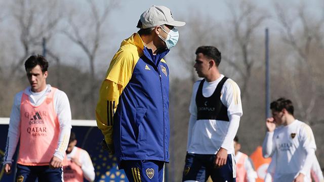 Russo todavía no sabe con qué jugadores va a contar en Paraguay.