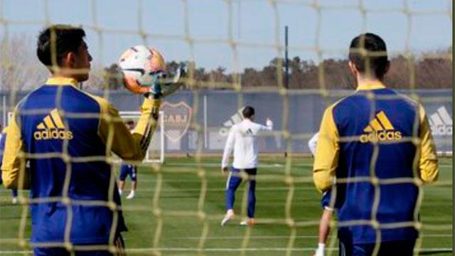 "Conmebol habilitó a Boca para que juegue en Paraguay con varios ""positivos""."