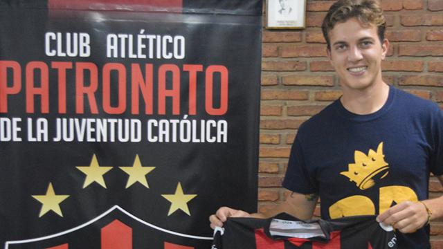 Nuevo caso de Covid-19 en Patronato: Mateo Komar dio positivo y aislaron a otro jugador