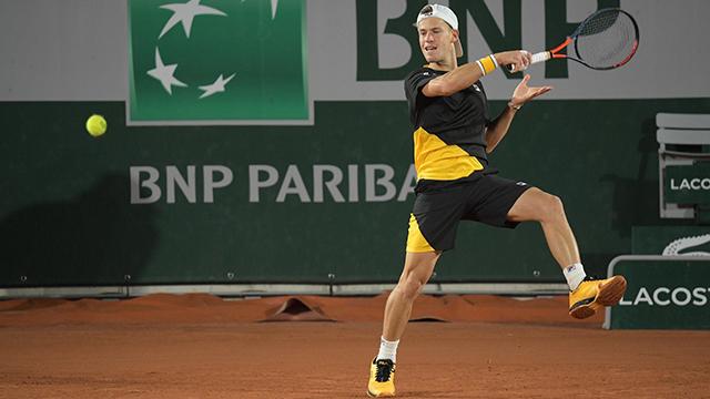 Schwartzman avanzó a la tercera ronda en Roland Garros.