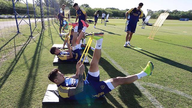 Boca recibe a Newell's en un cotejo especial por el recuerdo de Diego Maradona