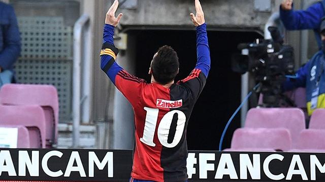 Conmovedora dedicatoria de Messi para Maradona: Tras su golazo, mostró la 10 de Newell's