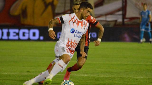 Patronato no puede como visitante frente Huracán y está cayendo por 1 a 0