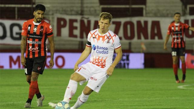 Patronato pierde 1 a 0 como visitante frente Huracán y sigue sin poder sumar de a tres
