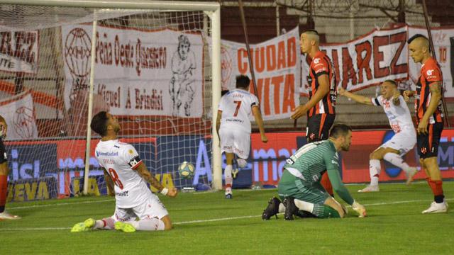 Patronato prolongó su mal momento y perdió 1 a 0 frente a Huracán