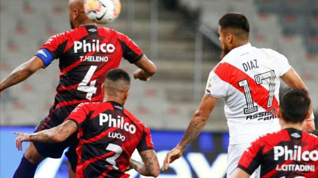 River no puede con Athletico Paranaense y empatan 0 a 0