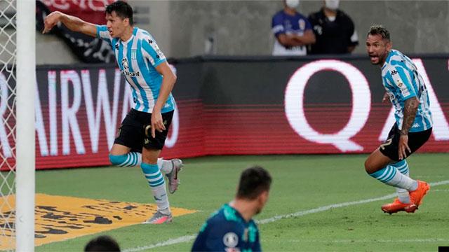 Racing dio el golpe: le ganó a Flamengo por penales  en Brasil y pasó a cuartos de la Libertadores