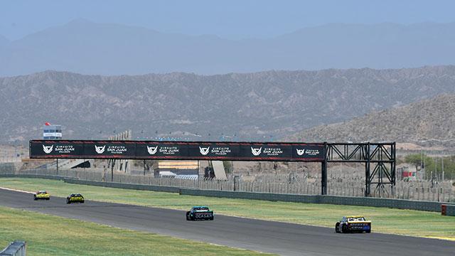 Santero se quedó con la serie más rápida y larga en punta la final.